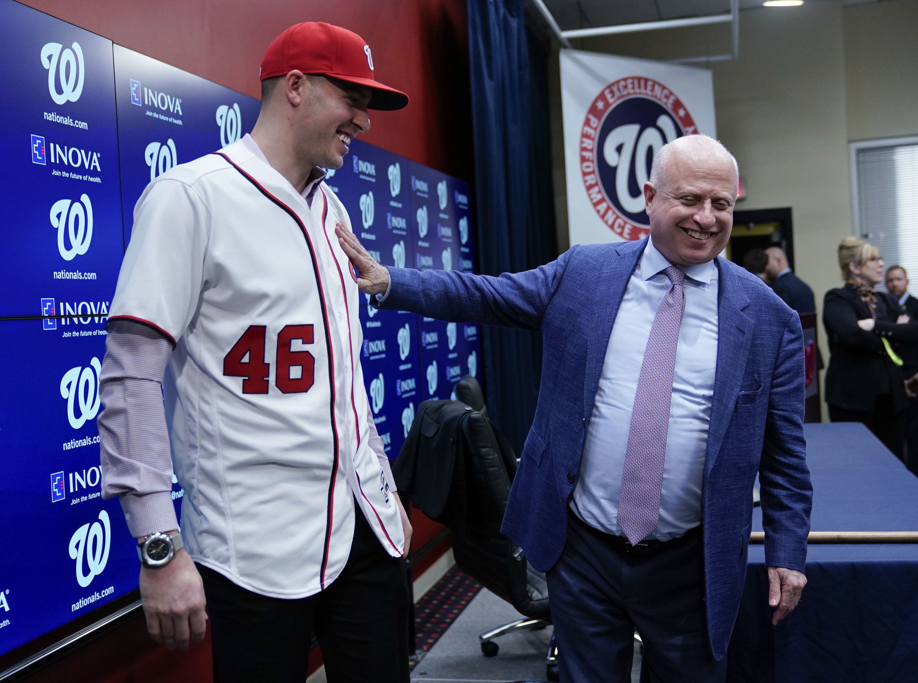 Nats owner seems to close the door on Bryce Harper coming back