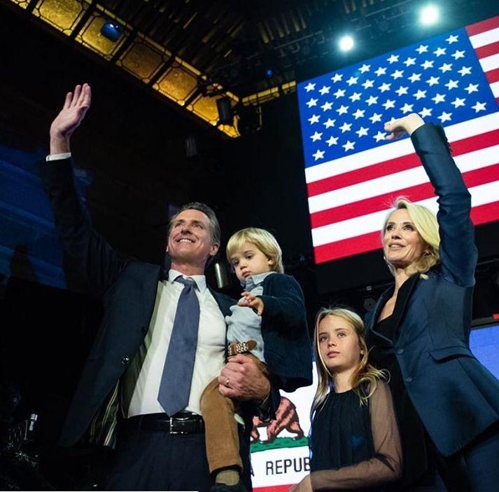 Newsom Takes Over As California Governor Mymotherlode Com